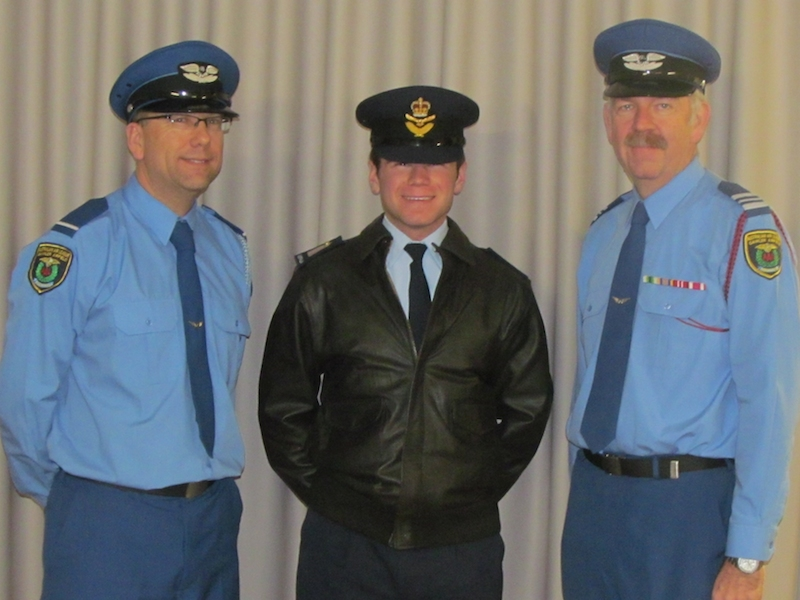 AAL Gawler Airfield Squadron OFFCDT Lachlan Johnson Visit 13 Aug 14 With Officers