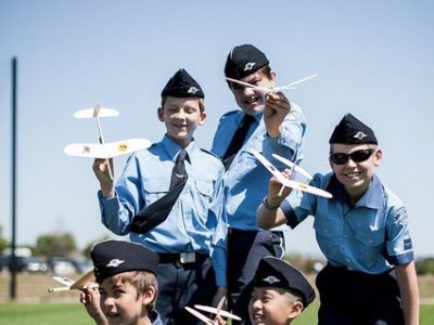 Pilots – Fly your Gliders!